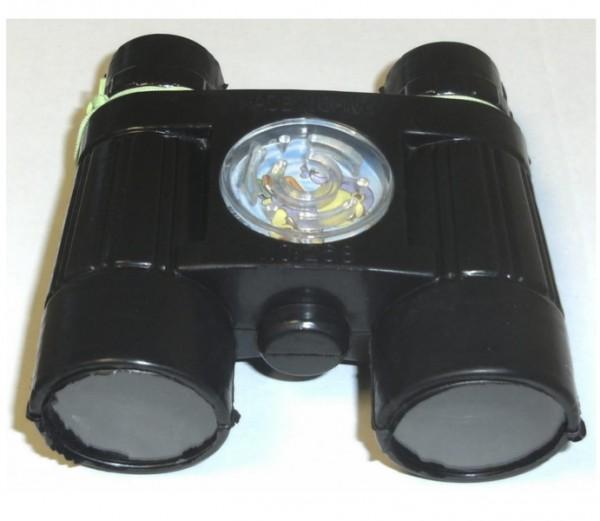 Fernglas mit Kompass