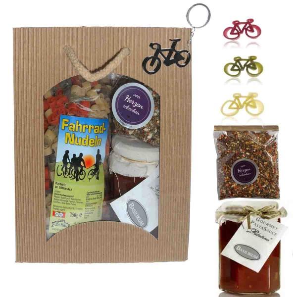 Feinkost-Set Fahrrad mit Nudeln, Sauce, Gewürzen. Anhänger