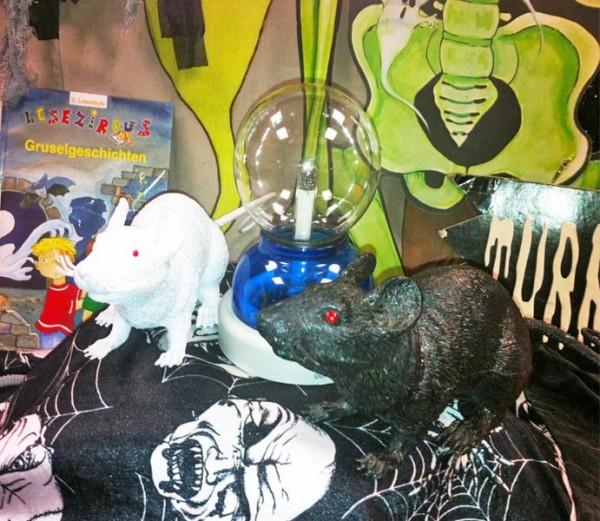 Verkauf Halloween-Partykiste in der Kunststoffbox